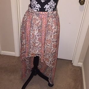 Ecote Patterned High Low Skirt